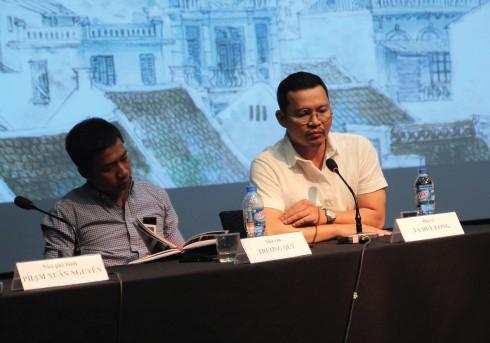 Họa sĩ Tạ Huy Long trong buổi tọa đàm về cuốn sách