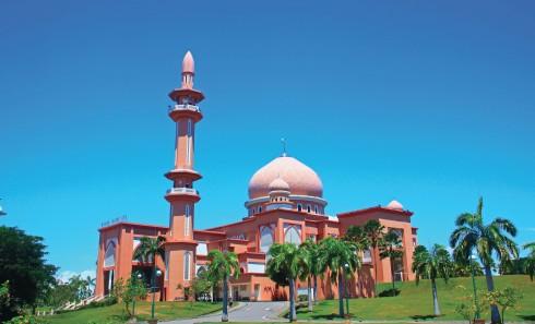 Mỗi công trình tôn giáo tại Kota Kinabalu đều là một địa điểm tham quan thú vị với kiến trúc độc đáo.