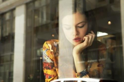 Đôi khi bạn tự hỏi có nên thẳng thắn hay không. Tuy nhiên, sự thật là sự thắn thắn có thể khiến bạn mất lòng trước được lòng sau.