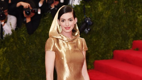 Anne Hathaway - heading picture - elle Việt Nam