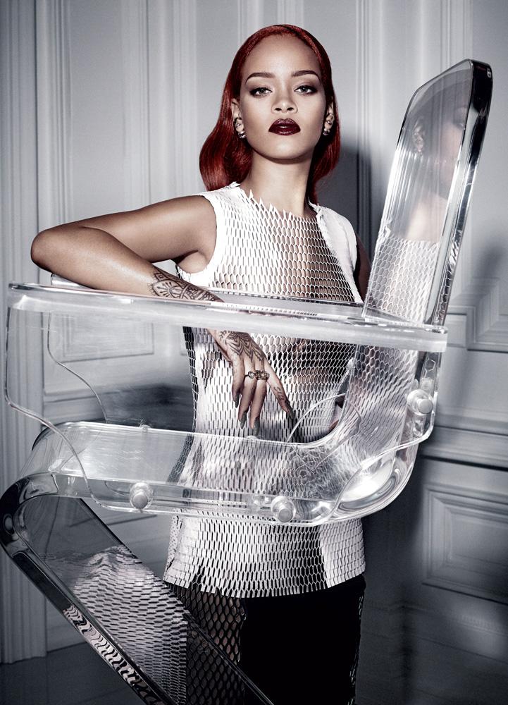 Ấn phẩm Dior Magazine là cầu nối hoàn hảo giữa nhà mốt danh tiếng Dior và giới mộ điệu khắp nơi trên thế giới