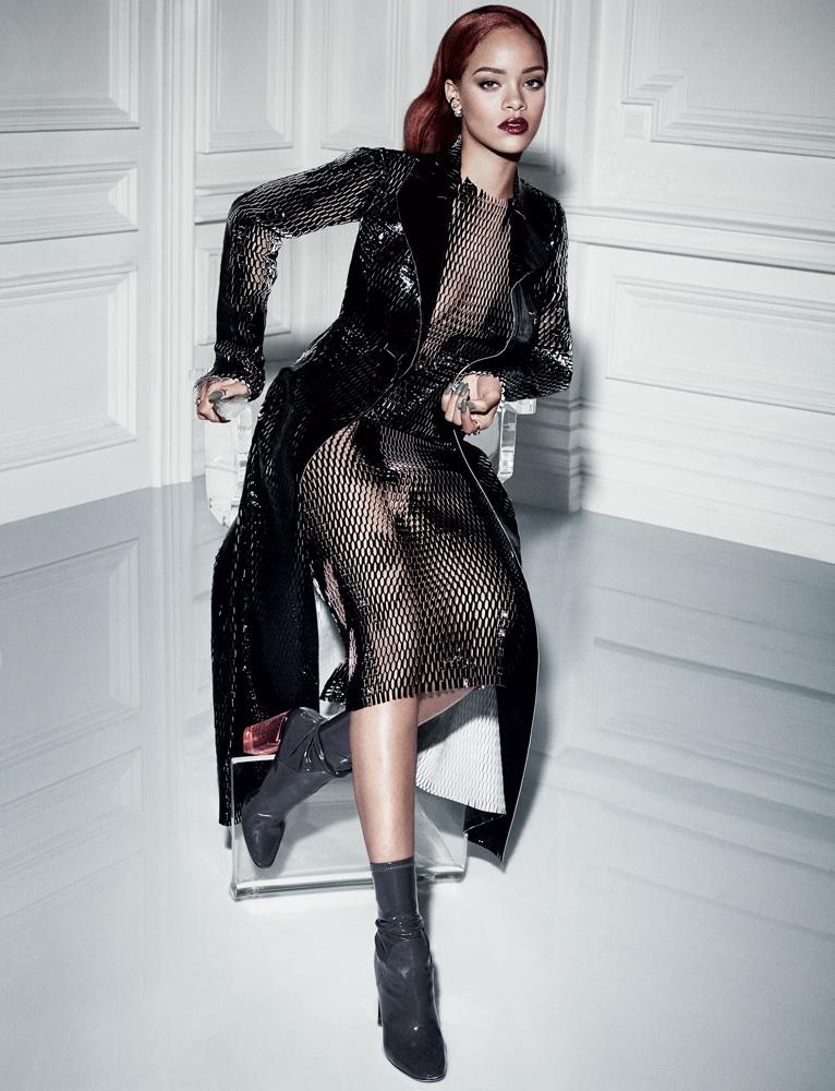Một Rihanna quyến rũ táo bạo