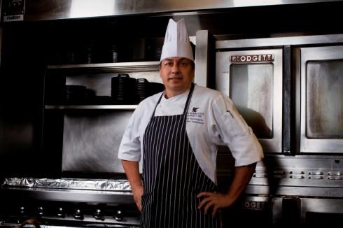 Bếp trưởng Paul Valenzuela – khách mời đến từ JW Marriott Scottsdale Camelback Inn Resort & Spa, Hoa Kỳ