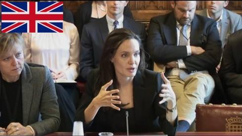 Angelina Jolie trình bày trước Quốc Hội Anh về tình trạng bạo lực tình dục tại các khu vực giao tranh ISIS vào ngày 8/8 vừa qua.