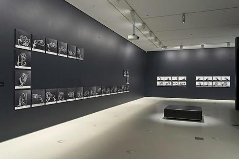 Không gian triển lãm của tác phẩm của Robin Rhode tại Phòng trưng bày Quốc Gia Victoria, Melbourne, Úc (17.5 - 15.9.2013).