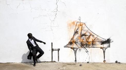 Tên tác phẩm: Piano Chair.