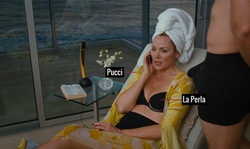 Gợi cảm trong bộ bikini của La Perla, áo voan khoác ngoài của Pucci