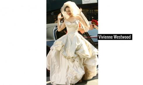 Cuối cùng là thiết kế của thương hiệu Vivienne Westwood đã gây ấn tượng mạnh bằng cách xếp tầng chân váy cùng phần cúp ngực độc đáo, phá cách.