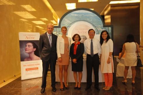 EAU THERMALE AVÈNE vẫn là thương hiệu Dược mỹ phẩm đứng đầu tại châu Âu và nhiều nước trên thế giới