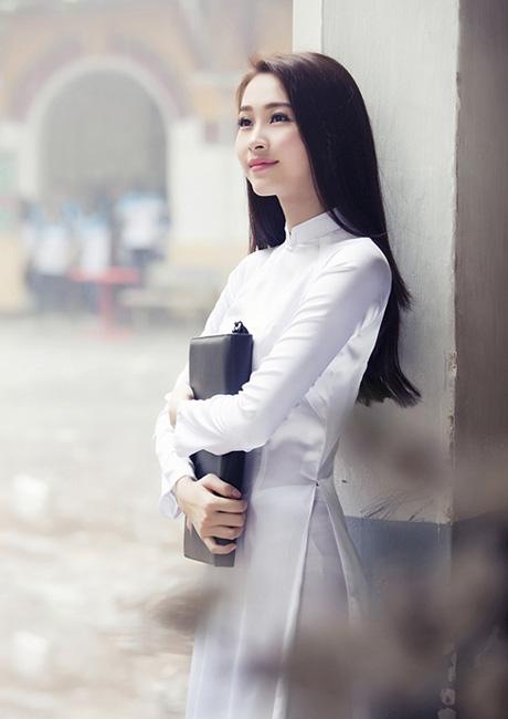 trang phuc truyen thong Ao dai