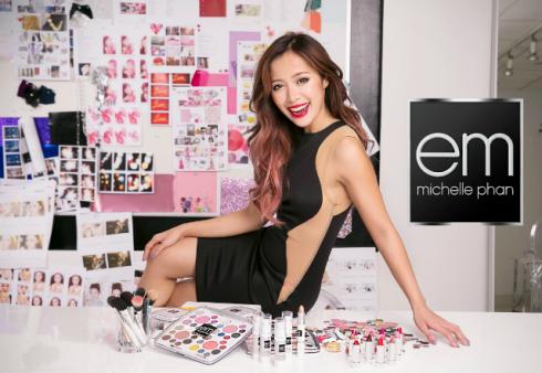 Cô nàng doanh nhân người Mỹ gốc Việt này là một trong những beauty vlogger đầu tiên cho ra mắt kênh youtube riêng vào năm 2008