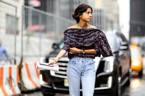 Leandra Medine lăng xê kiểu jeans 80s.