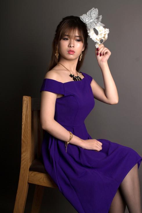 Màu tím thường được nhiều bạn gái yêu thích bởi sự duyên dáng và nền nã.
