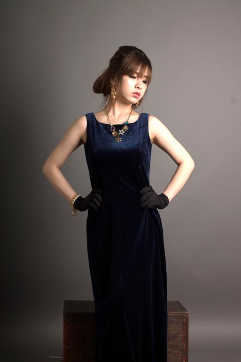 Đầm suông dáng dài