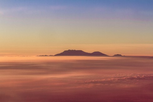 Ngọn núi lửa cao nhất Indonesia (Photo: Ho Ny)
