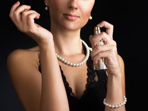 Những ưu và khuyết điểm khi sử dụng nước hoa chính hãng.
