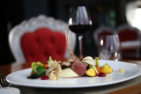 Thực đơn của nhà hàng mang đên những trải nghiệm thú vị cho thực khách