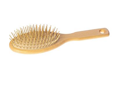 Lược cũng là bí quyết giúp giữ mái tóc luôn đẹp