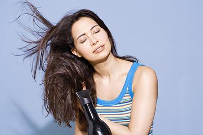 Mái tóc đẹp chịu ảnh hưởng bởi thói quen của bản thân