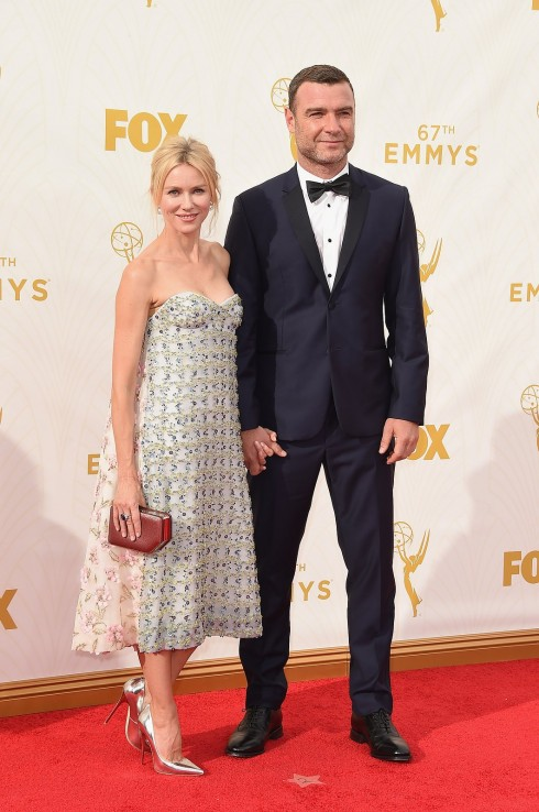 naomi-watts-emmys-red-carpet-2015