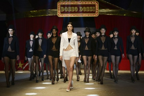 Kendall Jenner Dossi Dossi Resort 2015 Turkish FW