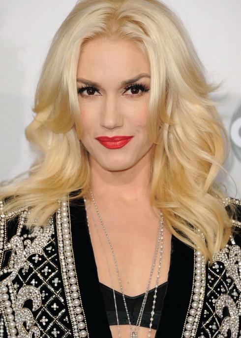 boi vui cung hoang dao Gwen Stefani