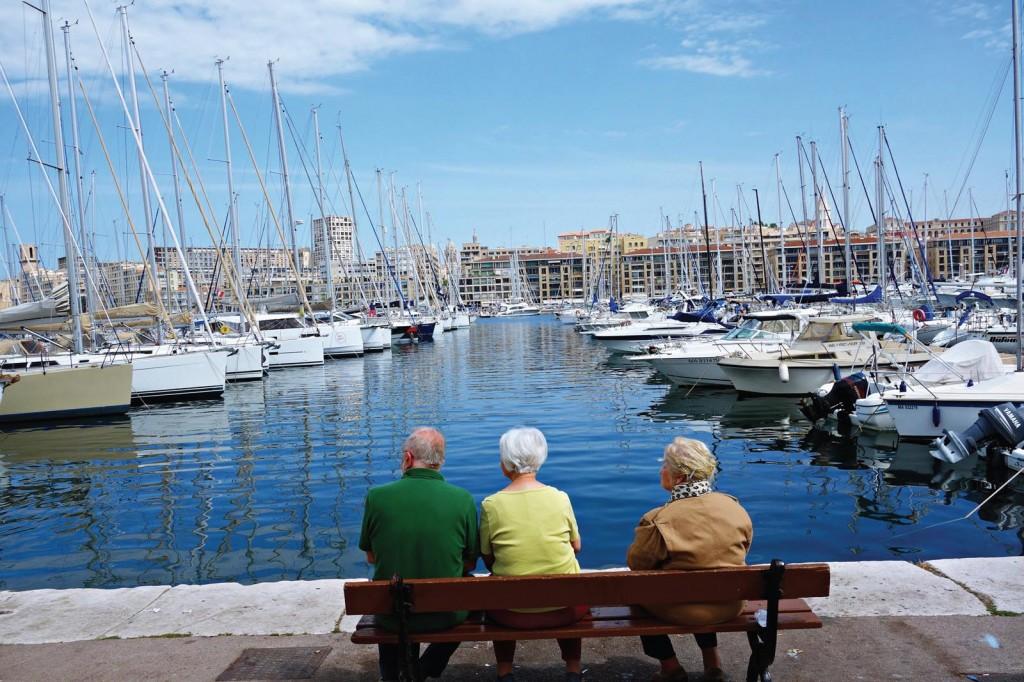 Cảng biển Marseillethanh bình.