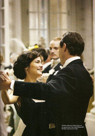 Lần đầu tiên xuất hiện trong chiếc đầm Little Black Dress Coco Chanel đã chinh phục cả giới thượng lưu.