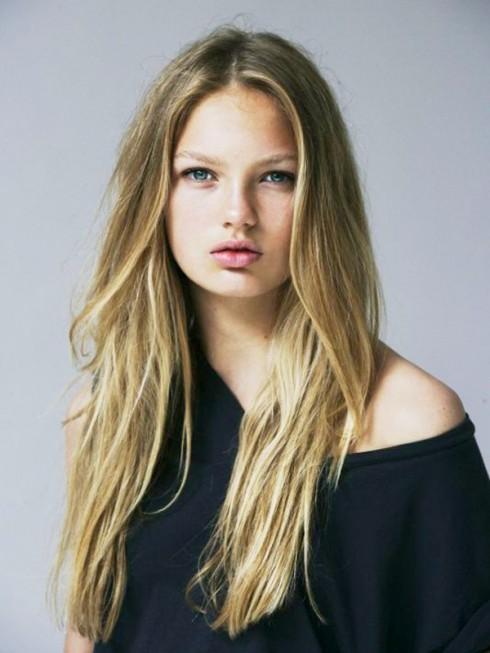 Thế hệ thiên thần Victoria's Secret mới  - Romee Strijd - elle vietnam