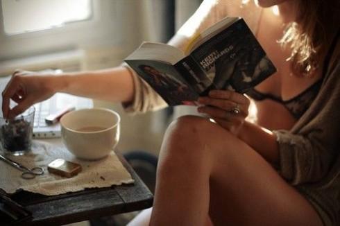 Những gợi ý sách hay từ ELLE giúp bạn tận hưởng những ngày thu tĩnh lặng thật ý nghĩa.