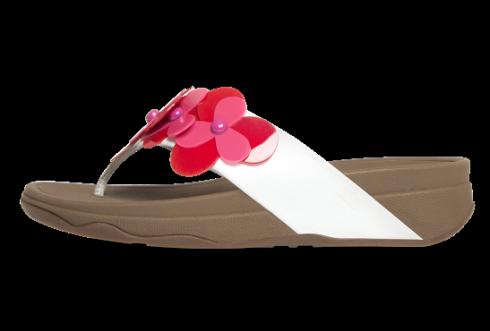Fitflop luôn tự hào để cho ra đời những đôi sandal thoải mái nhất thế giới với công nghệ MicroWobleBoard.