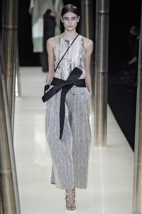 Trên runway của Tuần lễ thời trang Couture.