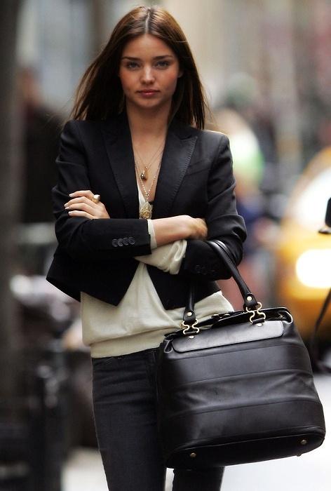 Mặc áo khoác jacket đẹp như sao
