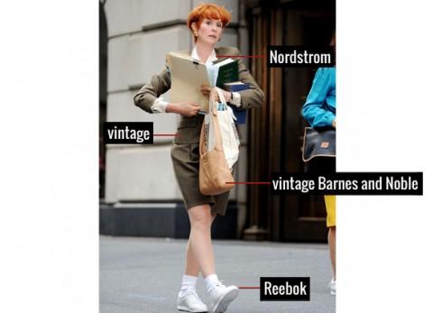 Bộ suit kiểu Vintage không hề mang lại cho Miranda vẻ cứng ngắt, vì nó đã được phối hài hòa với giầy Reebok shoes, cùng túi xách dạng vintage của Barnes.