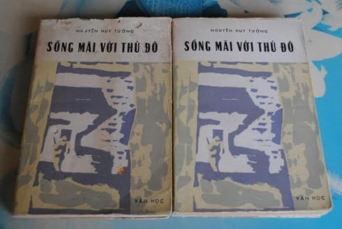 Sống mãi với Thủ đô - Nguyễn Huy Tưởng