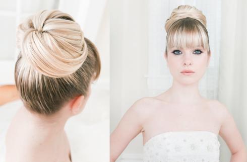 Kiểu tóc búi cao phù hợp với hầu hết kiểu váy