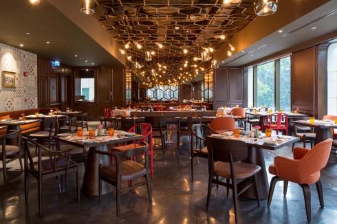 Saigon Kitchen đem đến các món ăn lấy cảm hứng từ món ăn đường phố Đông Dương và các món Âu.