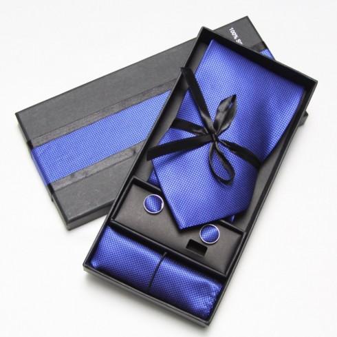 10 món quà sinh nhật tuyệt vời nhất dành cho bạn trai - cà vạt