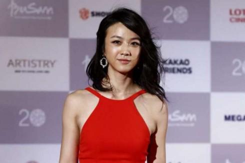 Thang Duy trên thảm đỏ Liên hoan phim quốc tế Busan