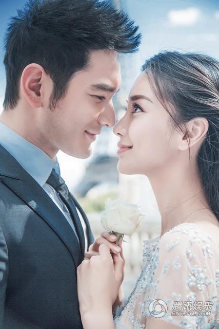 Tất cả những chi tiết từ váy cưới, nơi cử hành hôn lễ đến những chi tiết trang trí hoành tráng trong đám cưới của cặp đôi khiến các cô gái gần như phát cuồng