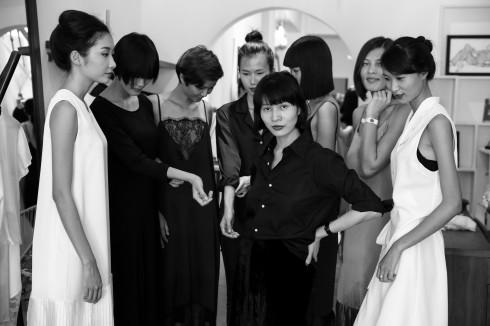 NTK Li Lam cùng các nàng thơ của mình.