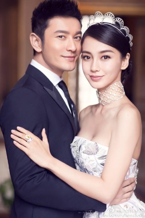 Cuối cùng, sau 6 năm yêu nhau và trải qua nhiều sóng gió, cả hai đã có một đám cưới viên mãn đáng ngưỡng mộ.