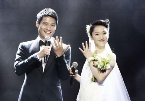"""Nhiều người đùa rằng, đám cưới của Châu Tấn chính là """"màn lừa đảo ngọt ngào"""" nhất dành cho fan hâm mộ và giới truyền thông."""