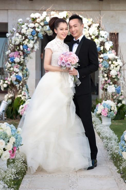 Cặp đôi Từ Nhược Tuyên - Lý Vân Phong hạnh phúc trong ngày cưới