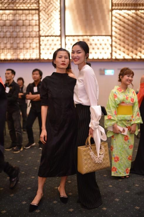 NTK Li Lam và Helly Tống