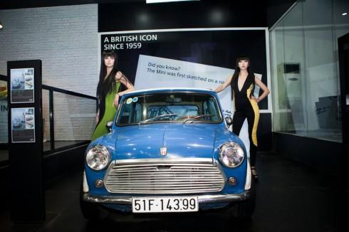 Mẫu xe MINI cổ từ năm 1967 được  phác thảo trên chiếc khăn ăn bởi kỹ sư Alec Issigonis
