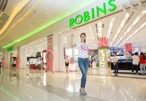 Trung tâm mua sắm Robins và Hoa Hậu Hoàn Vũ Phạm Hương