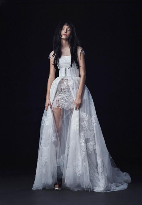 Mẫu váy cưới đẹp tuyệt vời của Vera Wang.