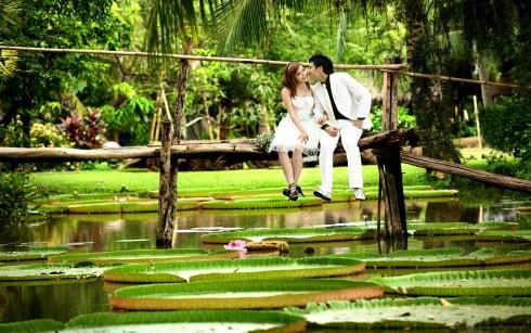 Khi chụp ở Bình Quới, bạn nên chọn những ngày nắng vừa phải để tránh bị mệt vì khu du lịch rộng và phải đi bộ nhiều. 10 địa điểm chụp ảnh cưới siêu đẹp cho cô dâu chú rể