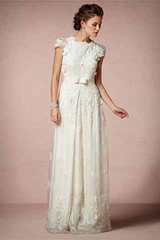Những kiểu váy cưới cổ điển đẹp ngất ngây